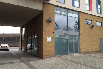 Unit 2, 14 High Street, Stratford, Office / Investment To Let / For Sale - IMG_3289.JPG