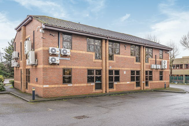 1 Progress Centre, Whittle Parkway, Slough, Office / Investment For Sale - 586837 (8).jpg
