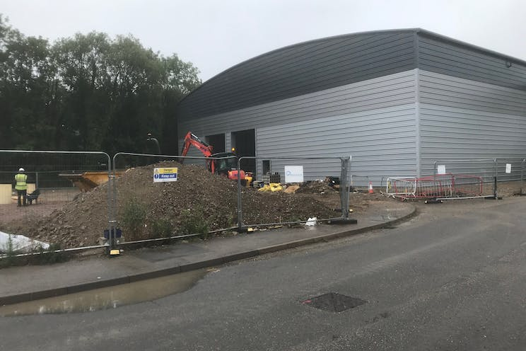 Unit 1 Total Park, Theale, Reading, Industrial To Let / For Sale - IMG_3379.jpg