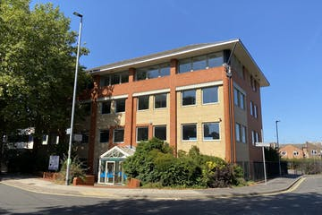 Fairfield House, Portsmouth, Office To Let - IMG_0042.jpg