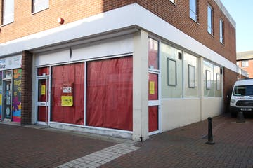 76 High Street, Poole, Retail & Leisure To Let - IMG_0308.JPG