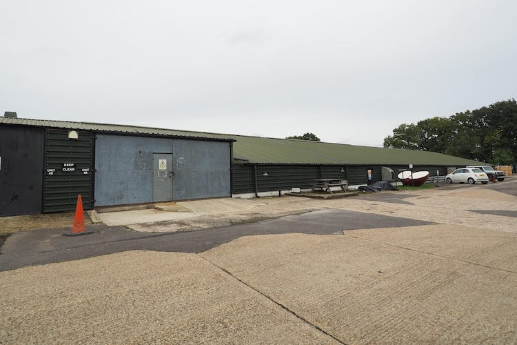 Unit 4B Thornhill Court, Coolham, Industrial To Let - PA050036.JPG