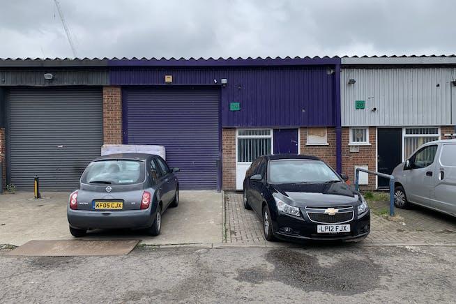 Unit 30 Swan Industrial Estate, Rosemary Road, London, Industrial To Let - IMG_3096.JPEG