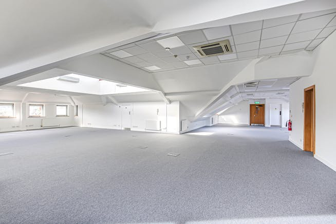 The Crown (Suite G), Westerham, Offices To Let - 9.jpg
