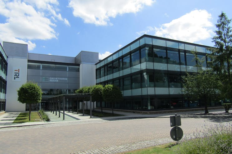 Crowthorne House, Wokingham, Offices To Let - IMG_1000.JPG