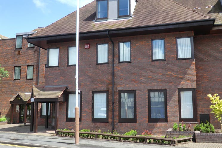 32 Anyards Road, Cobham, Offices To Let - CIMG0463.JPG