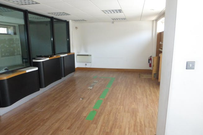 928 Ecclesall Road, Sheffield, Retail To Let - P1210007.JPG