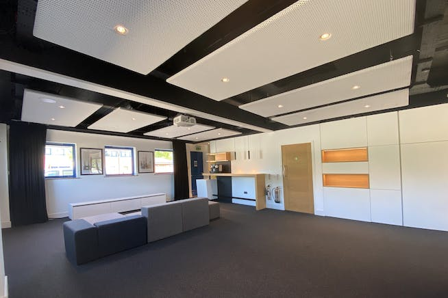 Unit 7, 8 & 9, Theale Lakes, Reading, Offices To Let - IMG_7804.jpg