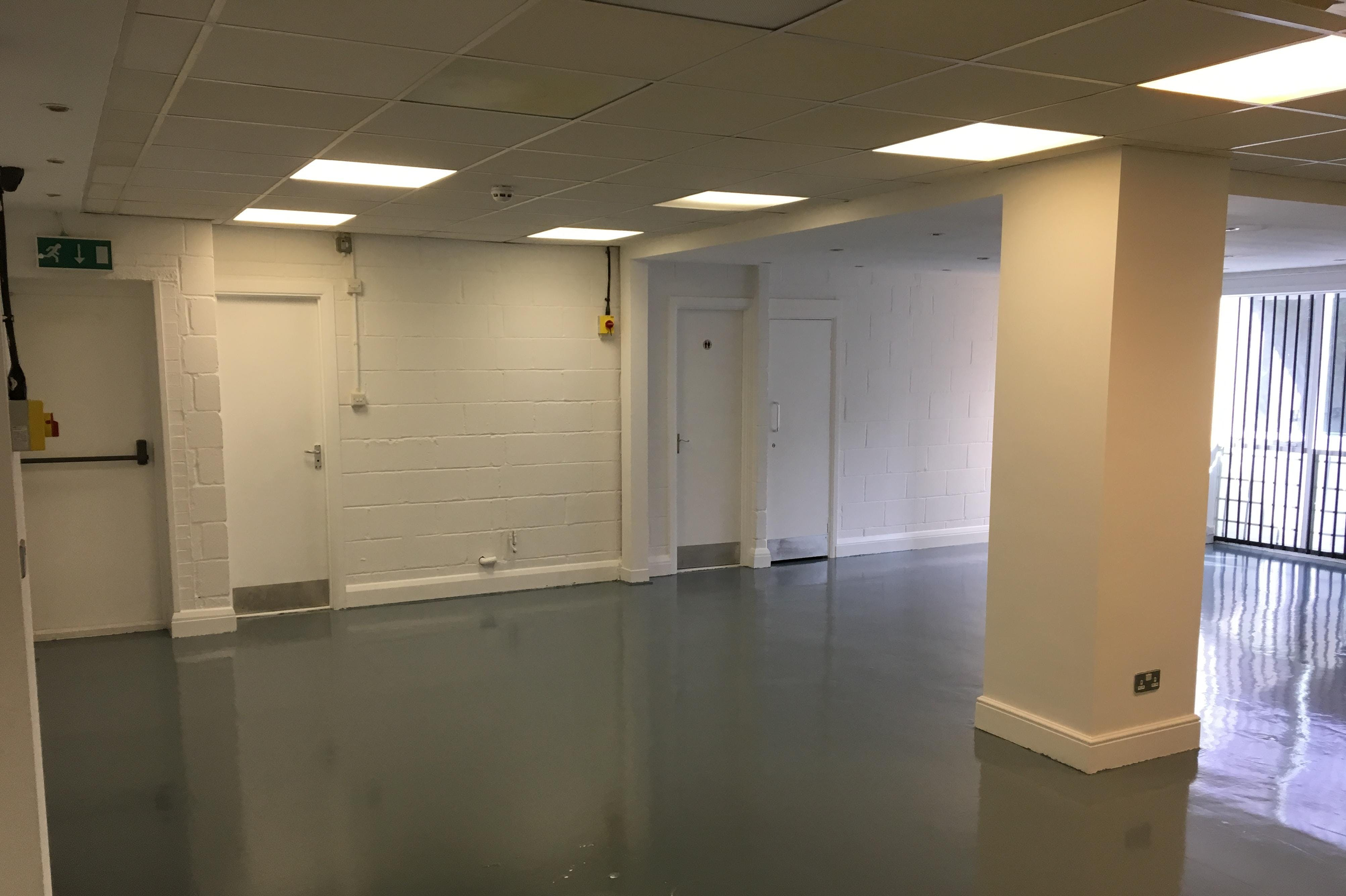 Unit 13, The Talina Centre, Bagleys Lane, Fulham, Sw6, Industrial To Let - 13.Talina.2.jpeg