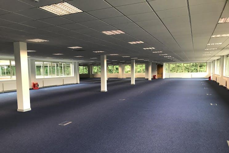 First Floor, Benchmark House, 203 Brooklands Road, Weybridge, Offices To Let - IMG_7150.JPG