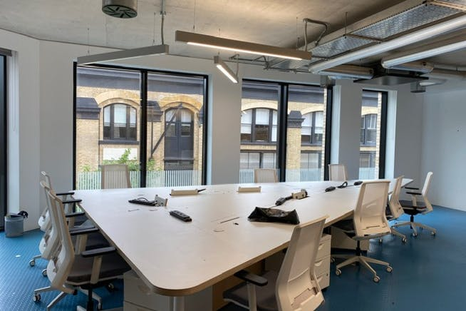 2 Leonard Circus, London, Offices To Let - Internal (3)
