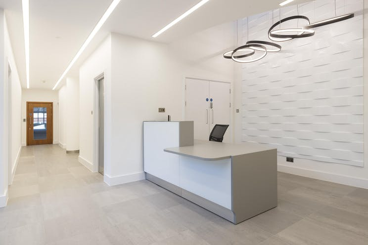 Part Ground Floor, Cedar Court, Leatherhead, Offices To Let - IW-250118-GKA-031.jpg