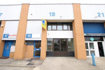 Unit 19 Wessex Trade Centre, Poole, Office / Industrial & Trade / Industrial & Trade / Industrial & Trade To Let - IMG_6583.JPG