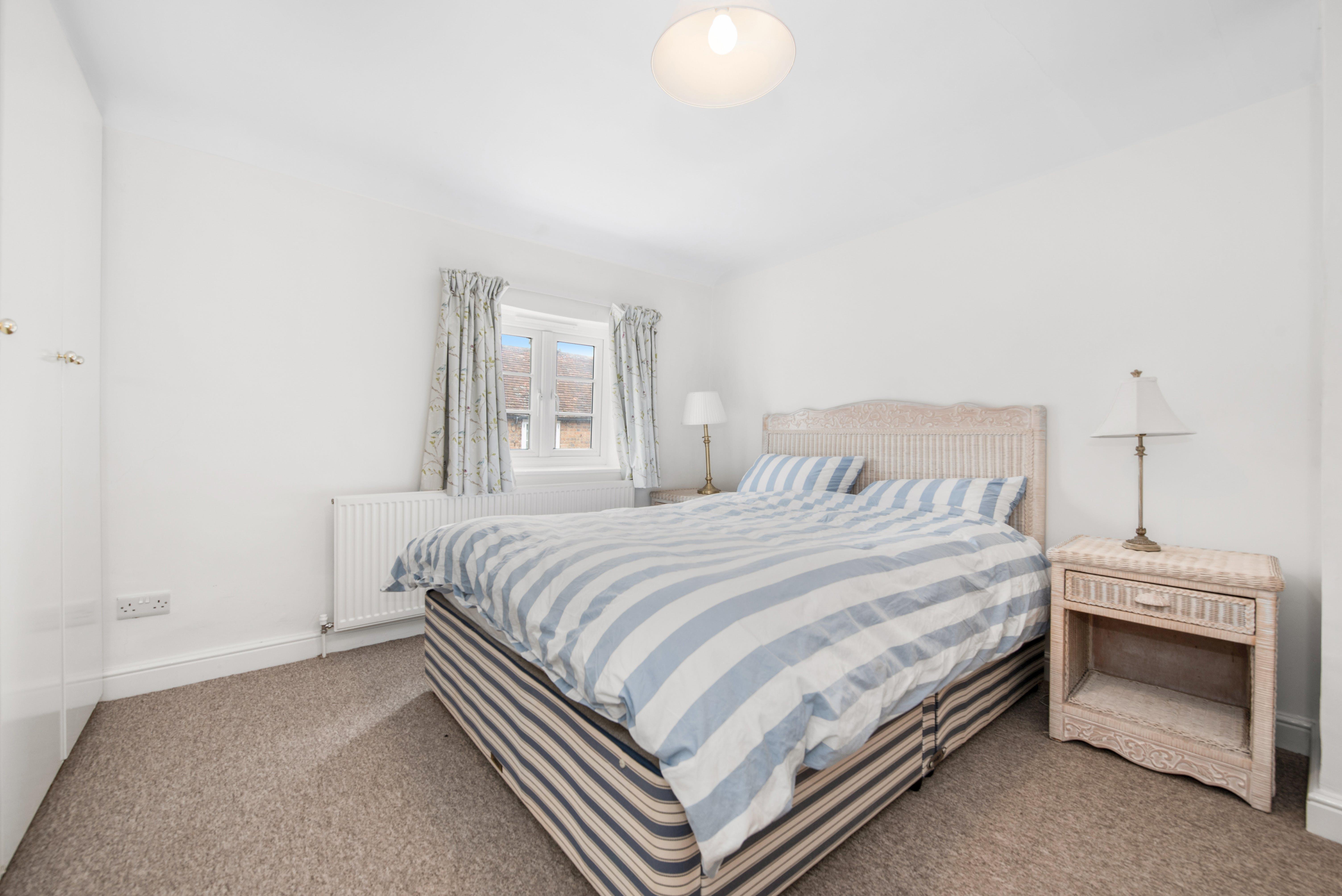 31 Windmill Street, Aylesbury, Residential For Sale - 31 Windmill Street11.jpg