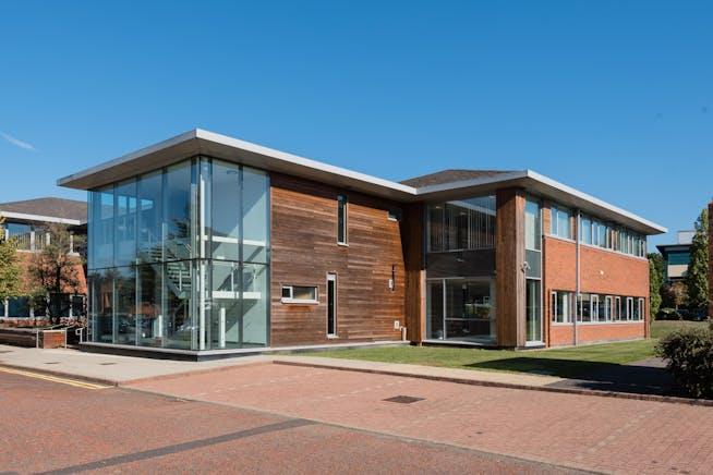 3 Cedarwood, Chineham Park, Basingstoke, Offices To Let - External_DSC_8206.jpg
