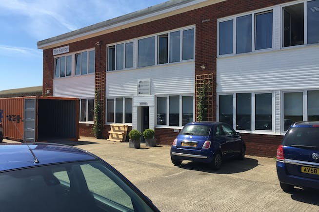 Blacknest House, Alton, Warehouse & Industrial To Let / For Sale - IMG_5915.JPG