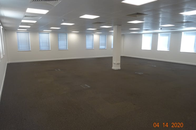 Stylus House, Bracknell, Offices To Let - Stylus House 1st floor demise excl kitchen D.JPG