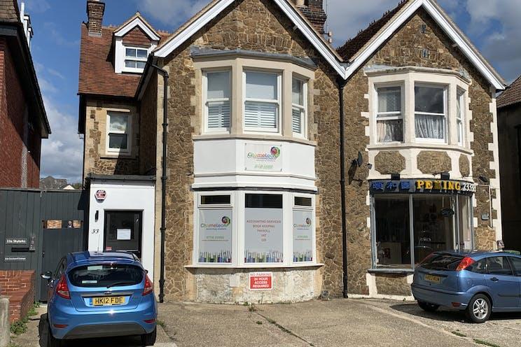 33 Lavant Street, Petersfield, Office / Retail To Let - Photo 26082020 14 14 24.jpg