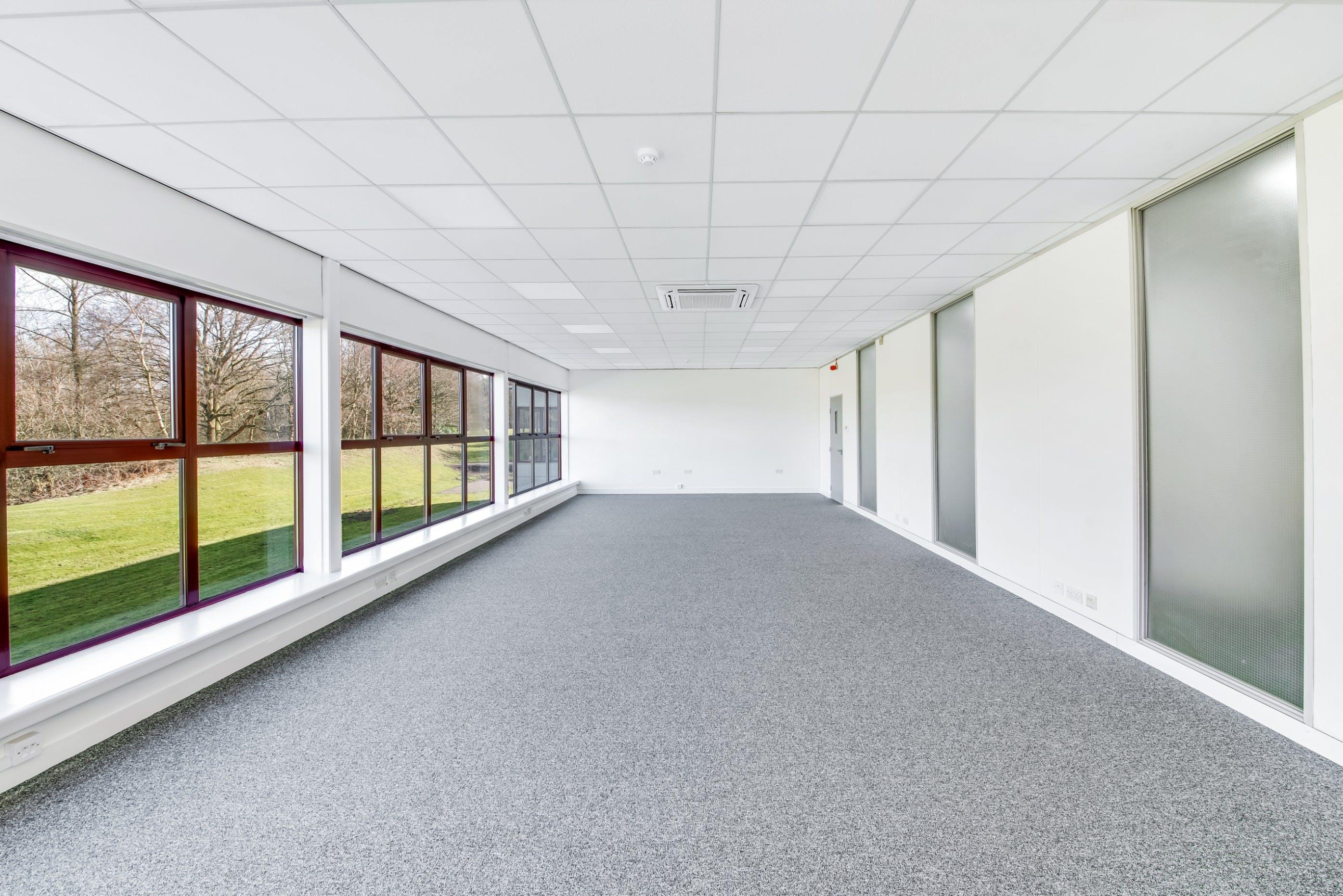 Ikon Business Centre, Manor Park, Runcorn, Office To Let - _SPY3622.jpg