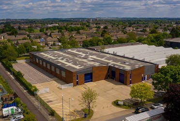 Unit 2 Woodside Industrial Estate, Humphry's Road, Dunstable, Industrial To Let - Aerial  sunny.jpg - More details and enquiries about this property