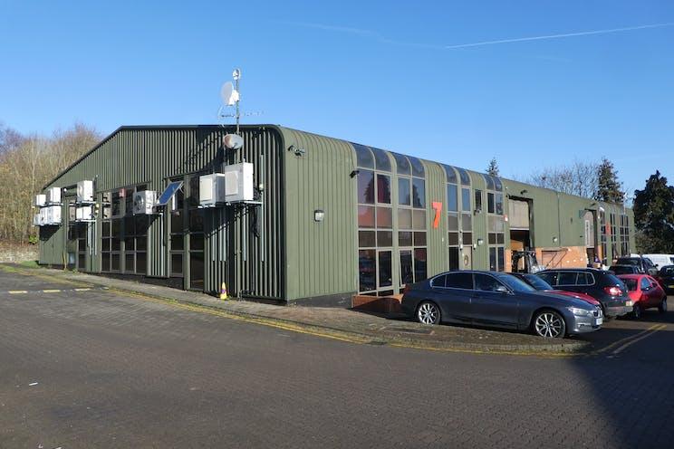 7 Redan Hill Industrial Estate, Redan Road, Aldershot, Warehouse & Industrial, Offices To Let - P1090763.JPG