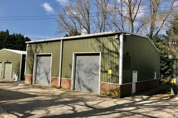 Unit 8, Hook, Warehouse & Industrial To Let - IMG_4586.jpg