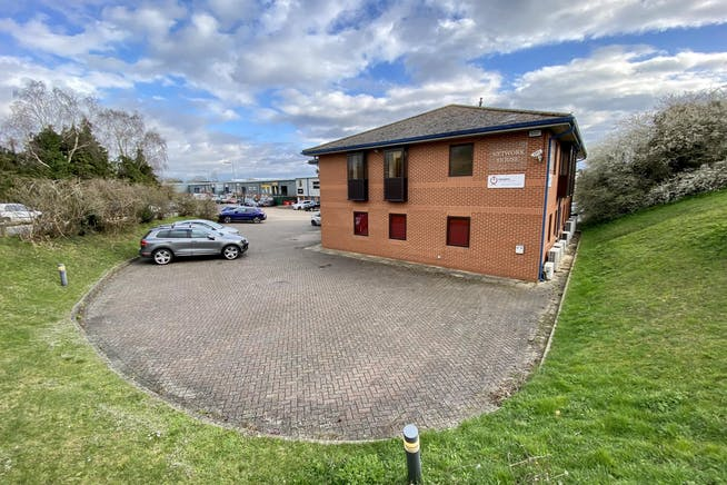 First Floor, Network House, Station Yard, Thame, Office To Let - FRONT 4.JPG