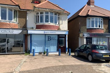 337 Kingsway, Hove, Office / Retail To Let - front and forecourt parking.JPG