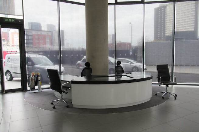 Unit 1, Unex Tower, London, Office / Retail To Let - IMG_1856.JPG