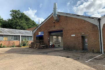 Unit E, Reigate, Warehouse & Industrial To Let - 26.jpg