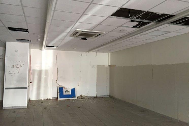 104 Elm Grove, Southsea, Retail To Let - 238-4818-1024x768.jpg