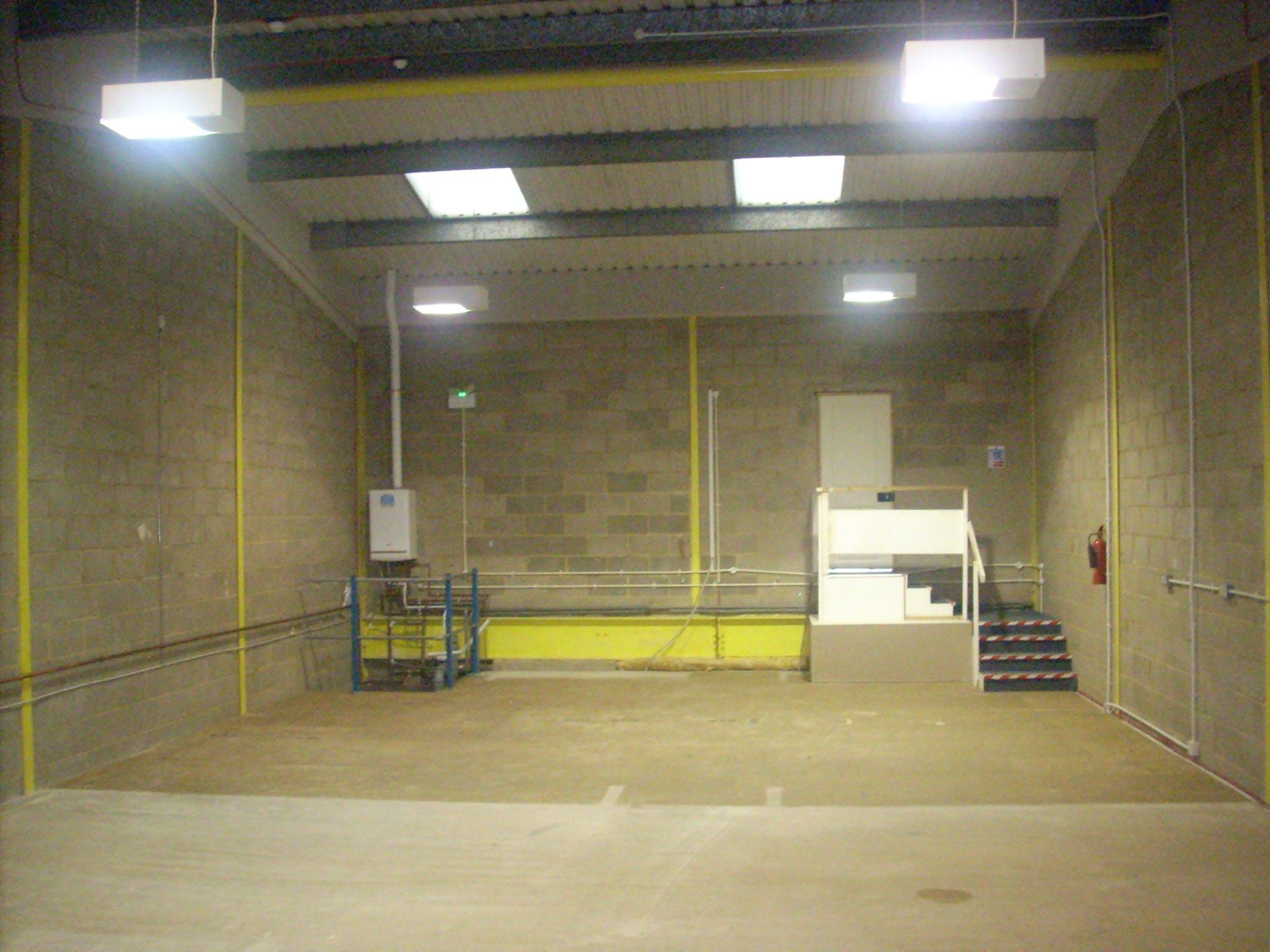 Unit 3, Brickfields Industrial Park, Kiln Lane, Bracknell, Industrial To Let - DSCN5635.JPG