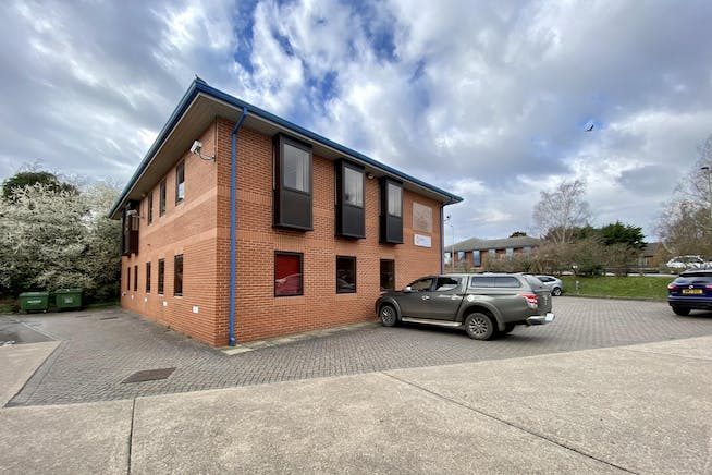 First Floor, Network House, Station Yard, Thame, Office To Let - FRONT 3.JPG