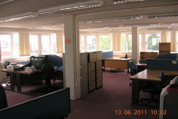 2-4 Darwin Close, Reading, Industrial / Development / Open Storage / Land For Sale - VACANT FF OFFICE.JPG