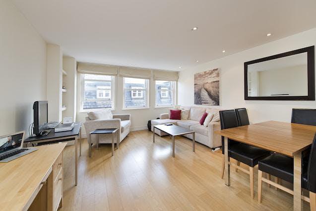 Flat 4 Regency House, Hortensia Road, Chelsea, Residential To Let - Flat 4 Regency 1.jpg