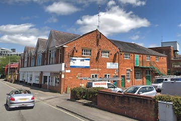 35/41 Essex Road, Basingstoke, Offices To Let - Image 1