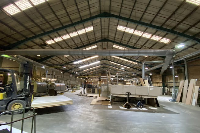 Unit A, Irton House, Warpsgrove Lane, Chalgrove, Industrial To Let - WAREHOUSE 3.JPG
