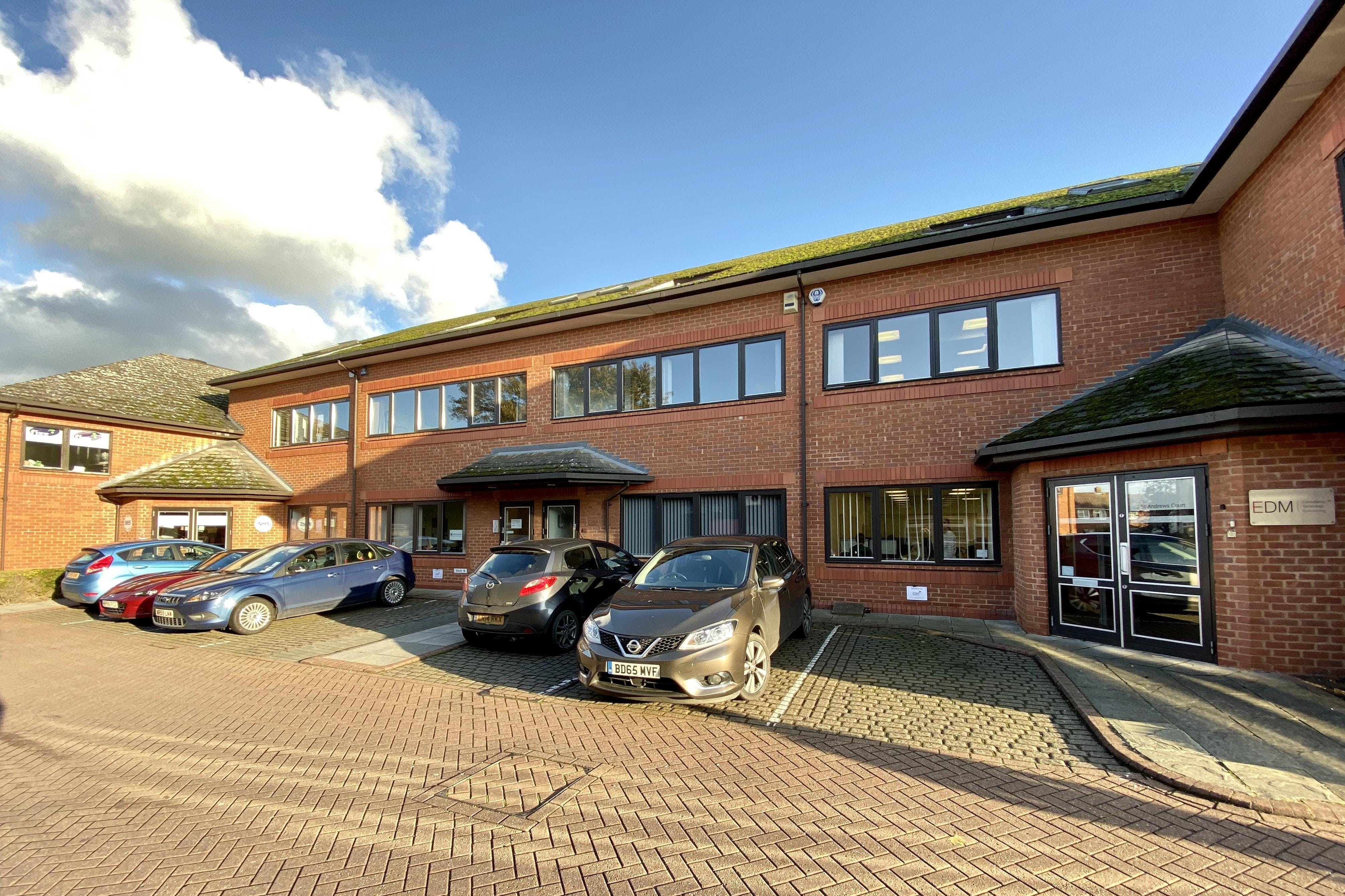 3 St. Andrews Court, Thame, Office To Let - FRONT.jpg