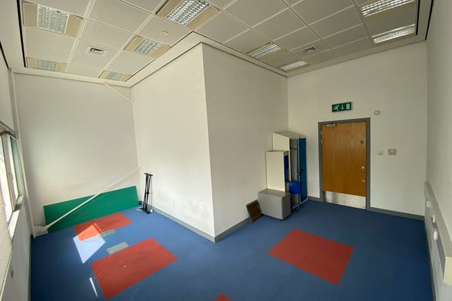 The Hub, 123 Star Lane, Canning Town, Office To Let - IMG_2323.jpg