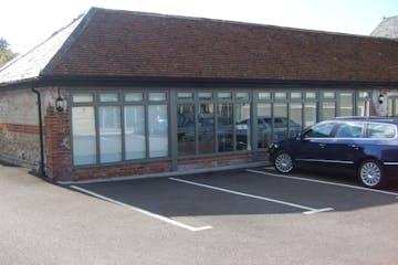 The Old Calf Pen, Petersfield, Office To Let - Stanbridge Farm Barn.JPG
