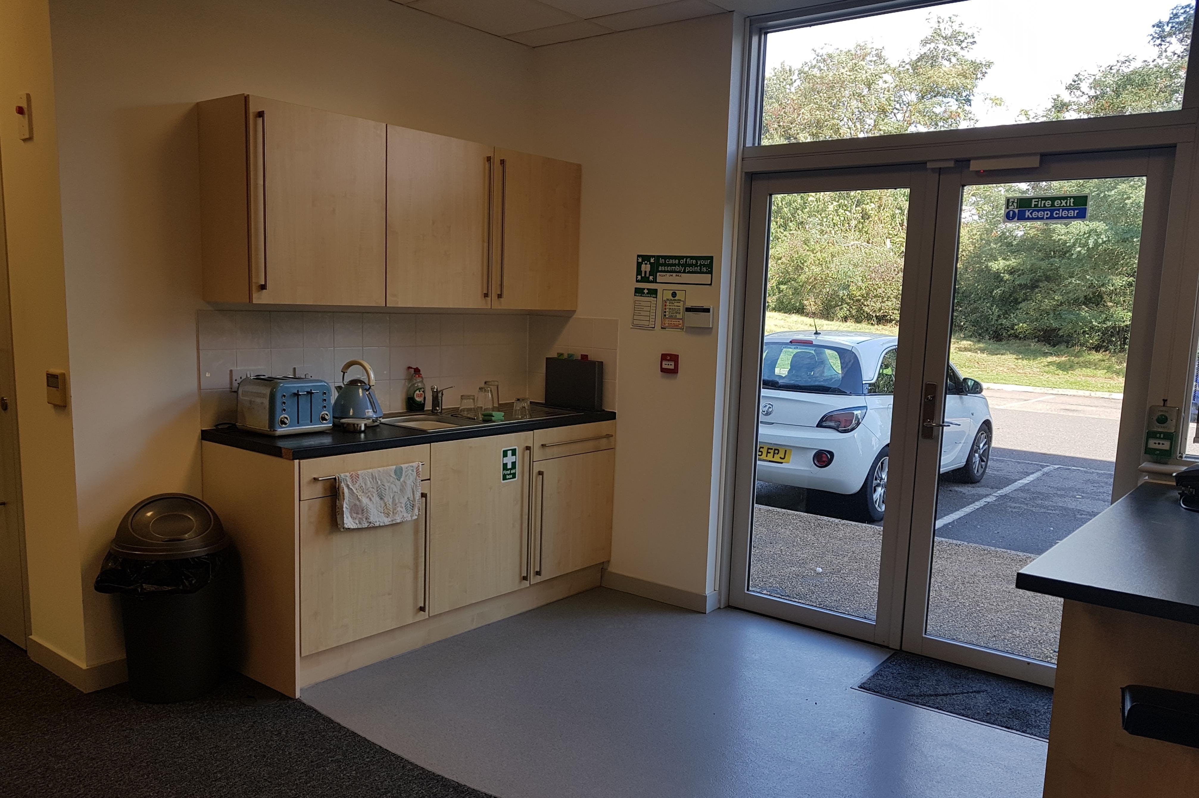 160 Eureka Park, Upper Pemberton, Ashford, Office To Let - 20201001_124725.jpg
