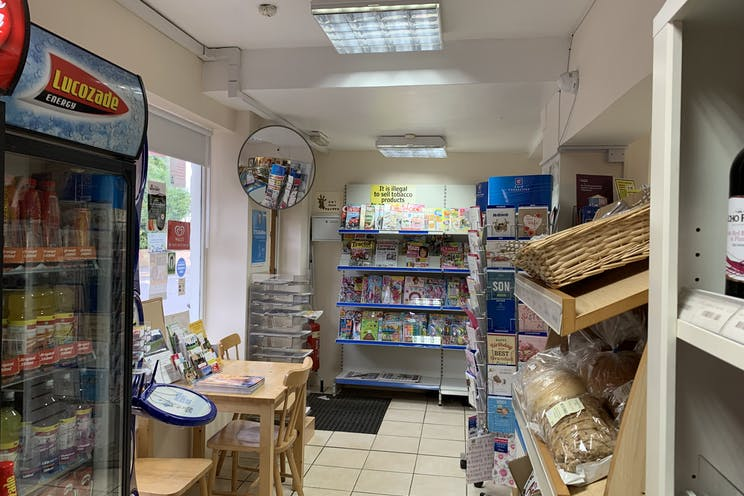 Rogate Post Office, 8 West Street, Petersfield, Retail To Let / For Sale - x3DM8kfZ.jpg