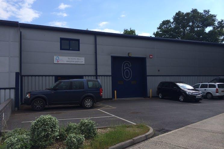 Unit 6 Larchwood Business Centre, Havant, Industrial To Let - photo 3.JPG
