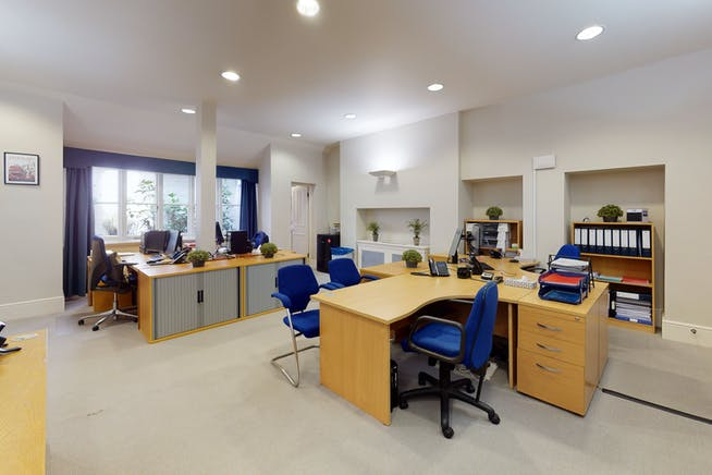 2 Cadogan Gate, London, Office To Let - 2 Cadogan Gate, Chelsea offices