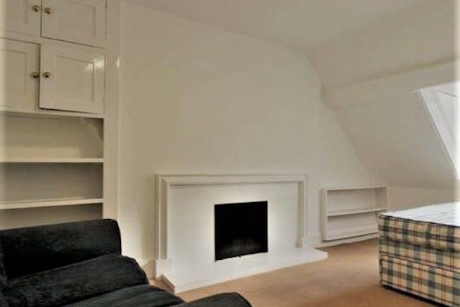 Flat 3, 27 Red Lion Street, London To Let - Rear Bedroom.jpg