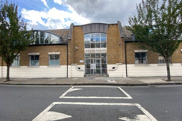 81 Blythe Road, Hammersmith, Offices To Let / For Sale - IMG_8588.jpg
