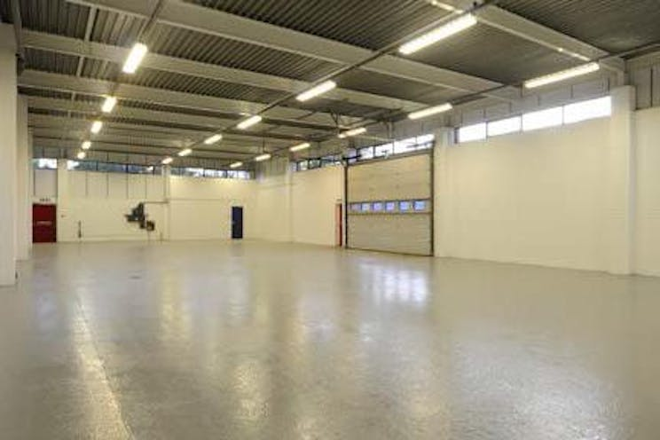 Unit 45, Suttons Business Park, Reading, Industrial To Let - Warehouse-crop.jpg