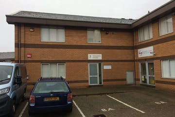 7B Dragoon House, Waterlooville, Office To Let - 238-4200-1024x768.jpg