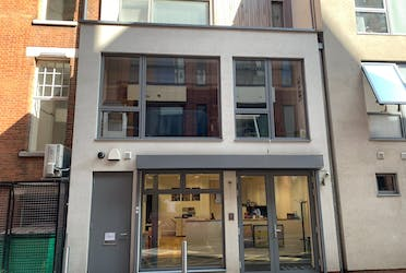 3 Young's Buildings, London, Offices To Let - Youngs.jpg - More details and enquiries about this property