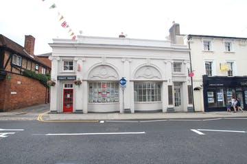 37-38 Downing Street, Farnham, Retail To Let - IMG_9725.JPG